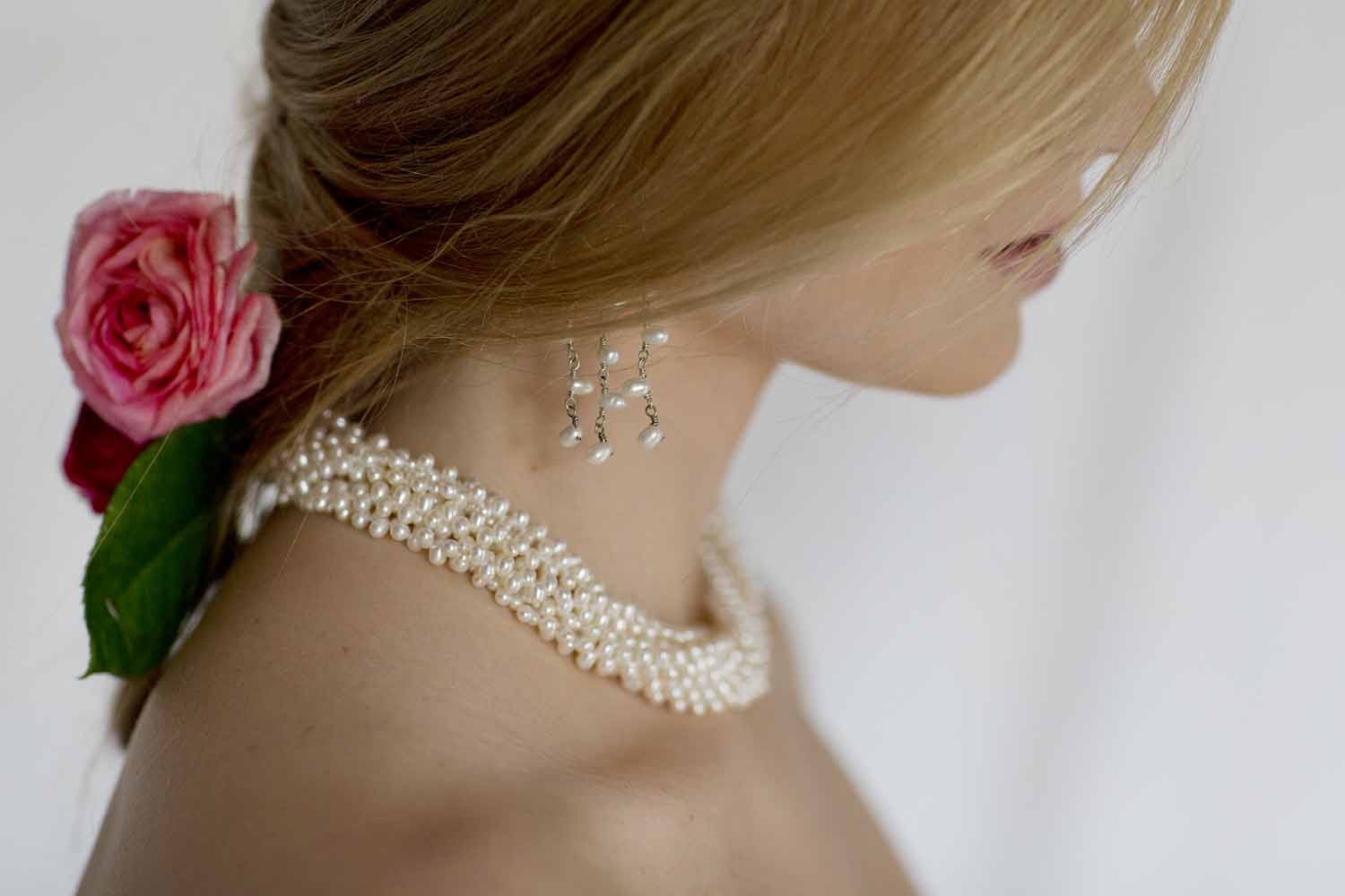 kari herer-109 copy_rice_pearls_bridal_necklace.jpg