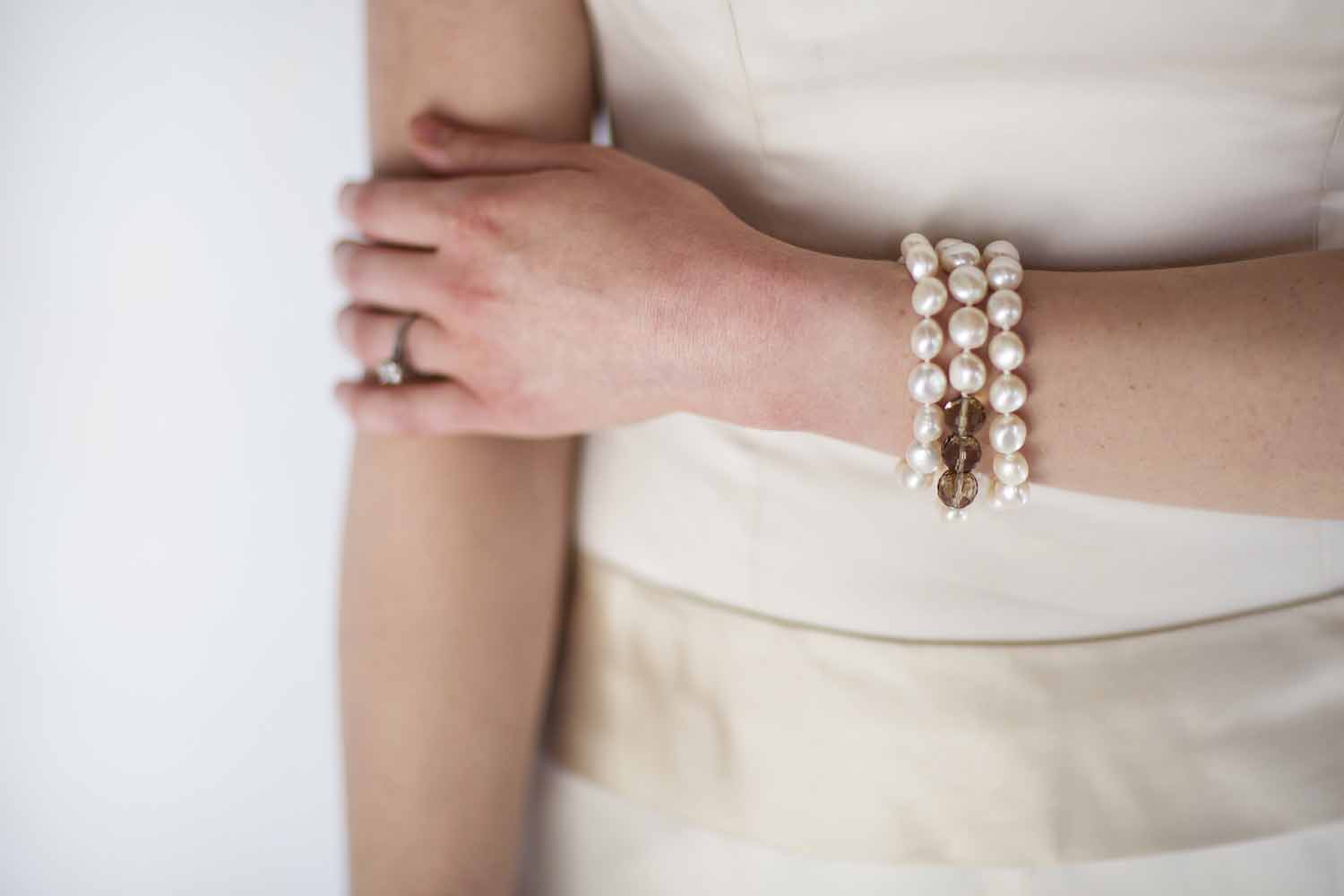 kari herer-130 copy_bridal_bracelet_smokey_quartz_large_nugget_pearl.jpg