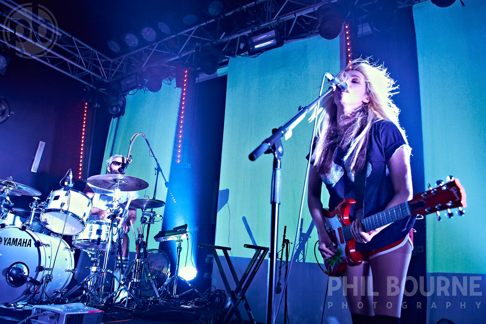 049_Live_Music_Photographer_London_Ting_Tings_001.jpg