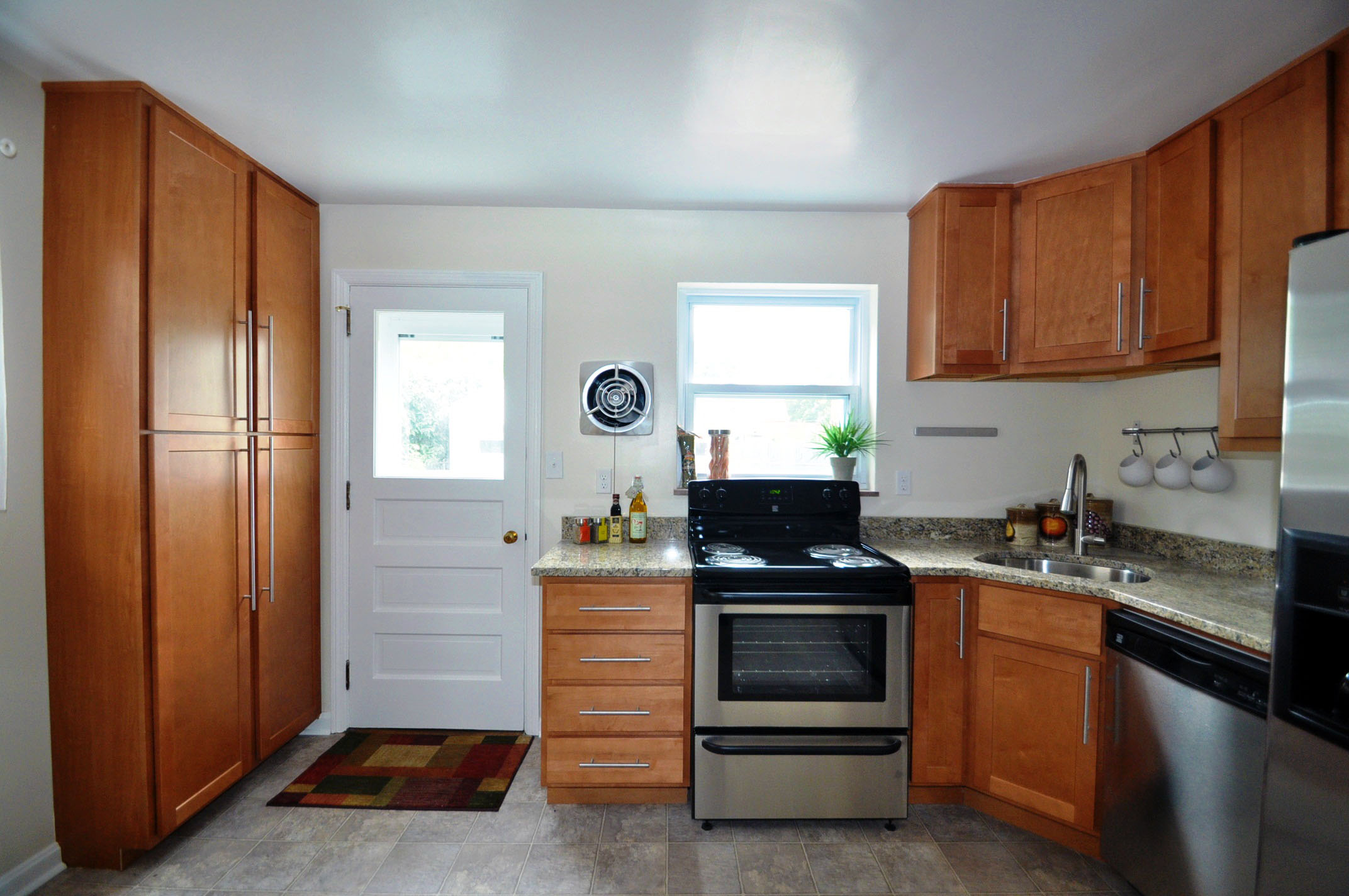 kitchen to outside.jpg