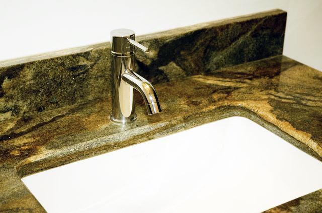 sink close up.jpg