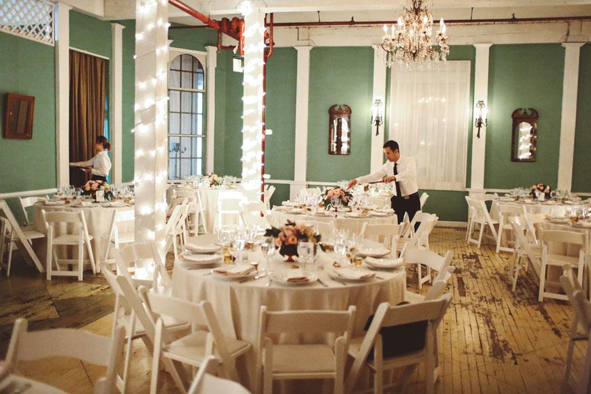 metropolitan-building-long-island-city-wedding-of-nina-and-sam-29.jpg