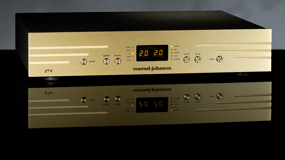 conrad-johnson-ET6-Preamplifier-beauty-shot.jpg
