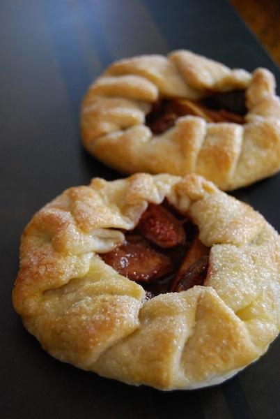 apple fig galette