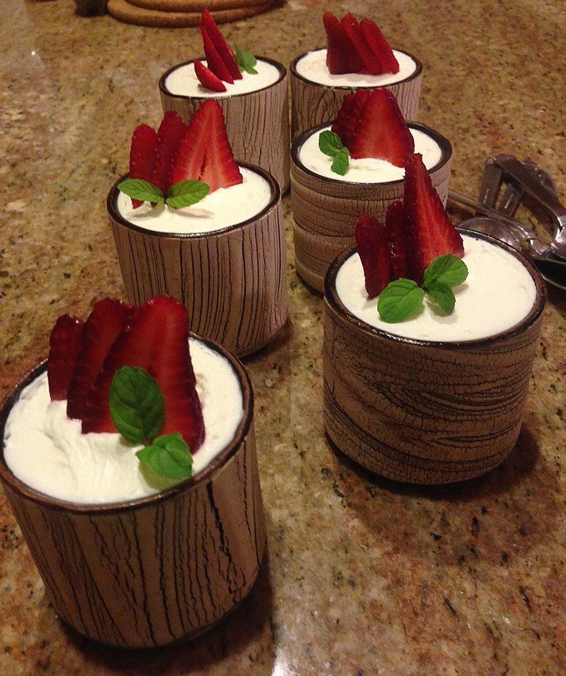 strawberry cream trifles