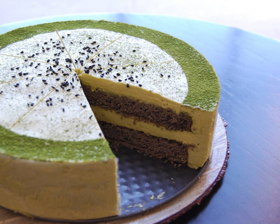 green tea mousse/black sesame cake