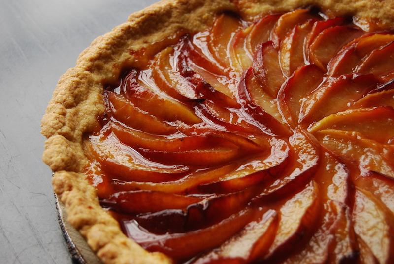 white peach tart