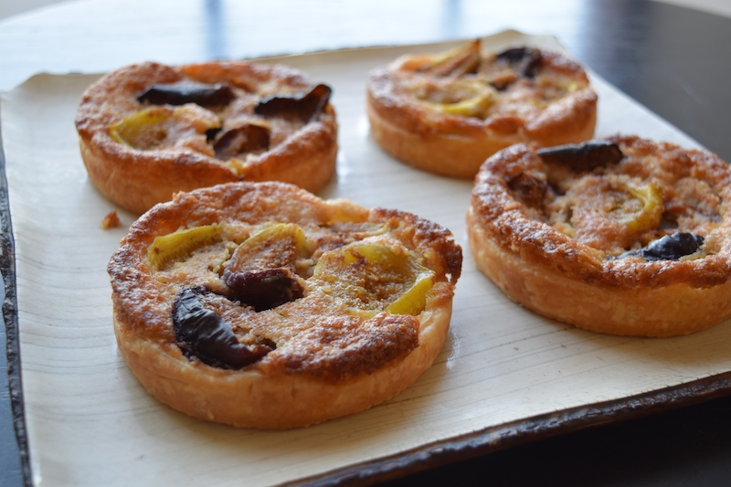 fig and almond tarts
