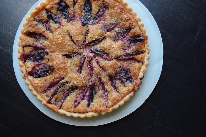 almond plum tart