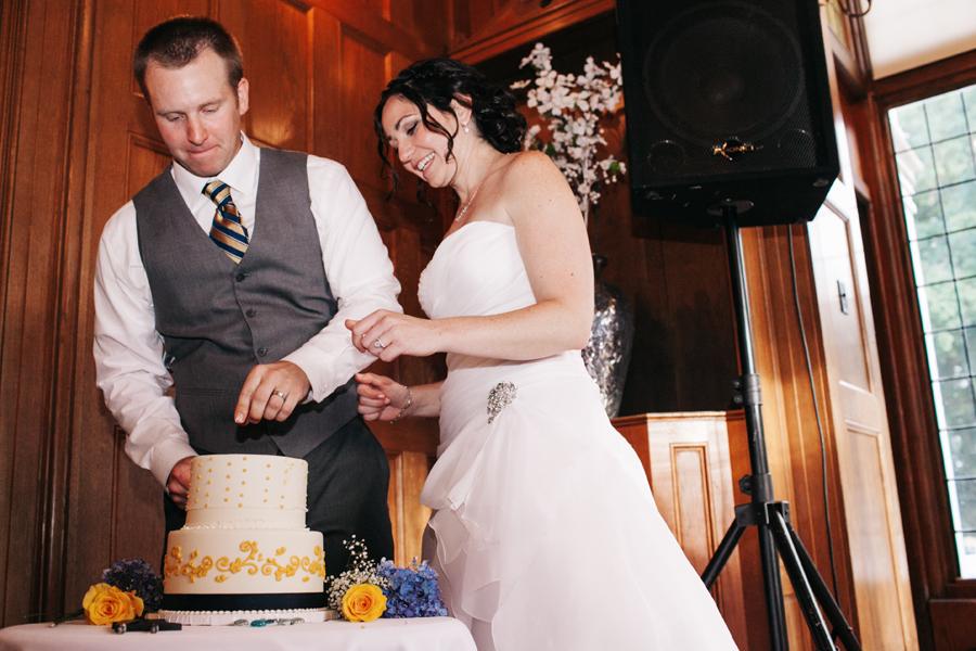 100-lairmont-manor-bellingham-washington-wedding-katheryn-moran-photography.jpg