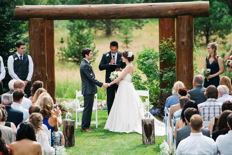 054-pine-river-ranch-leavenworth-washington-destination-wedding-katheryn-moran-photography.jpg