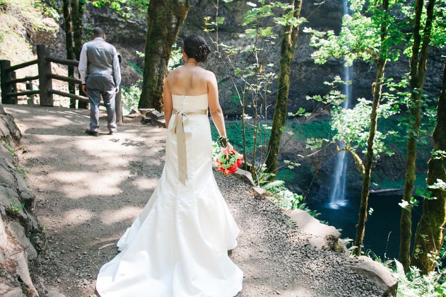 016-portland-oregon-silverton-tree-farm-wedding-katheryn-moran-photography.jpg