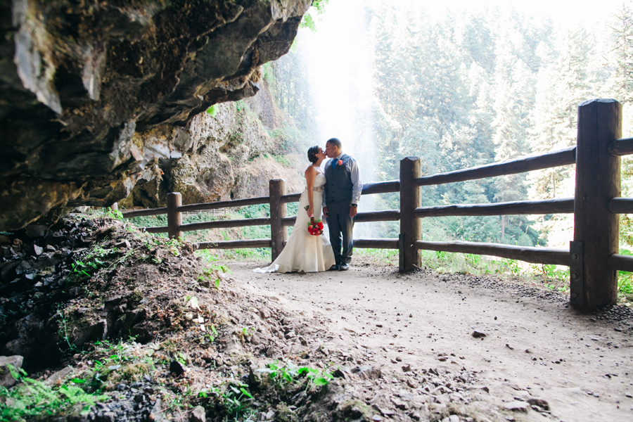 023-portland-oregon-silverton-tree-farm-wedding-katheryn-moran-photography.jpg