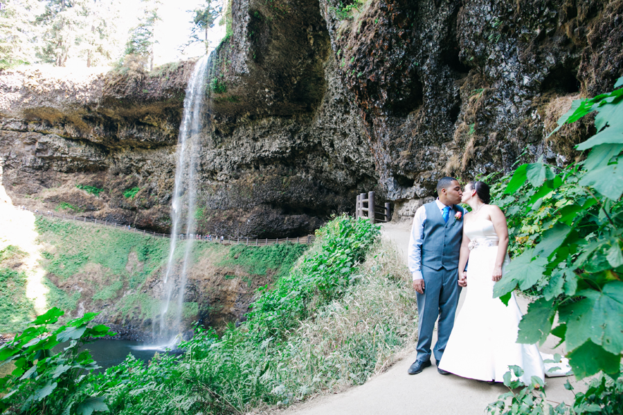 025-portland-oregon-silverton-tree-farm-wedding-katheryn-moran-photography.jpg