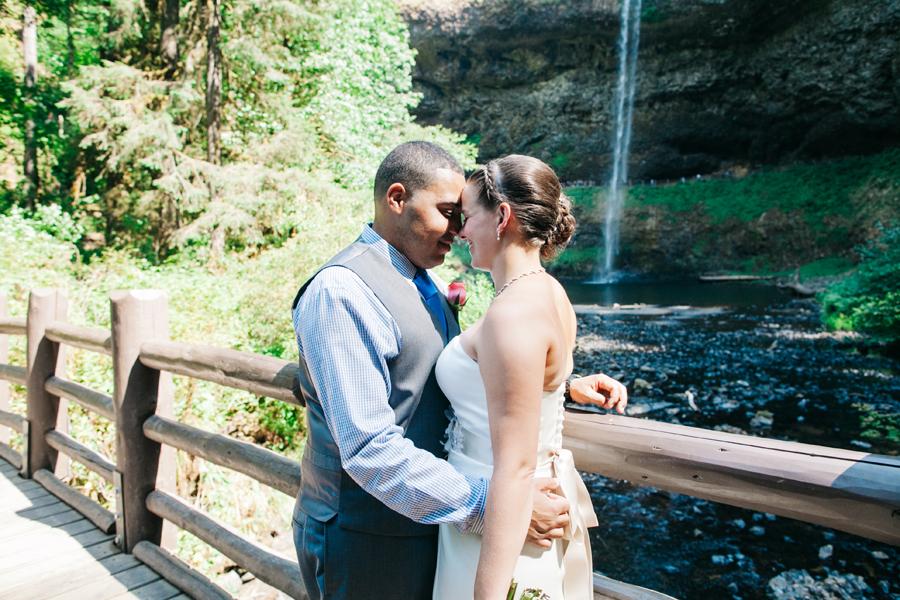 026-portland-oregon-silverton-tree-farm-wedding-katheryn-moran-photography.jpg
