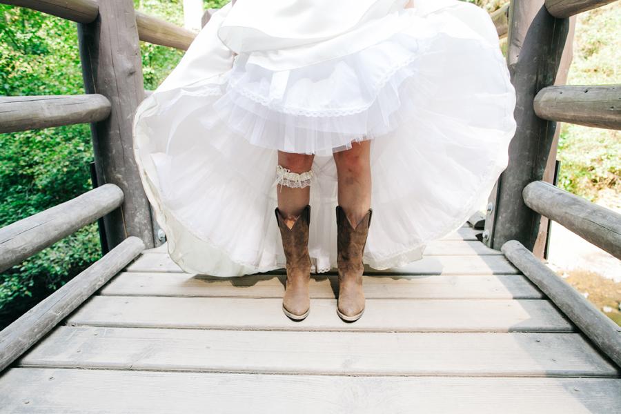 030-portland-oregon-silverton-tree-farm-wedding-katheryn-moran-photography.jpg