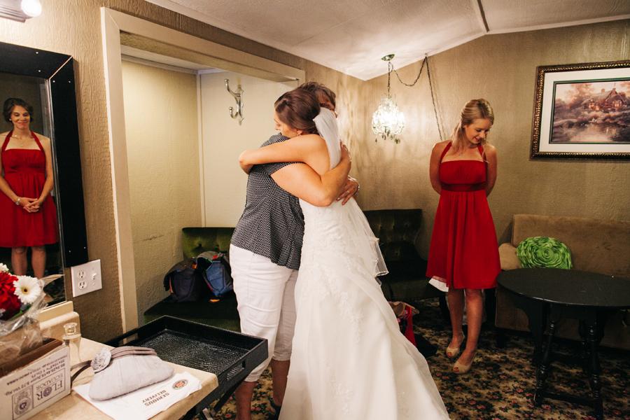 008-bellingham-wedding-photographer-katheryn-moran-photography-hidden-meadows.jpg