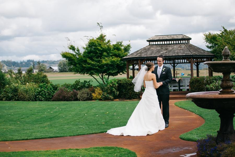 018-bellingham-wedding-photographer-katheryn-moran-photography-hidden-meadows.jpg