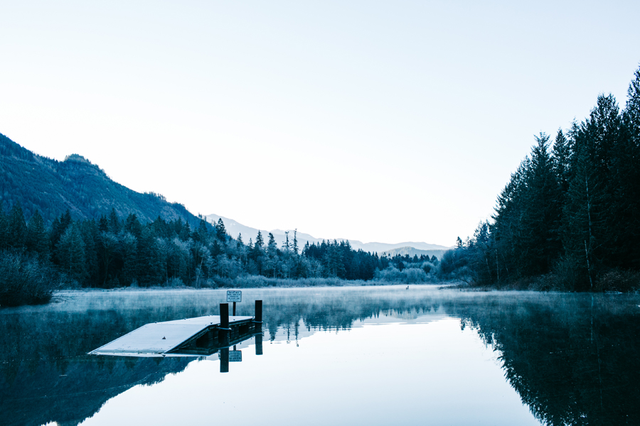001-silver-lake-engagement-session-bellingham-engagement-photographer-katheryn-moran-photography.jpg