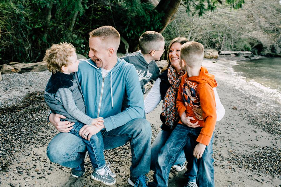 006-bellingham-family-photographer-ambritt-family-larrabee-state-park-katheryn-moran-photography.jpg