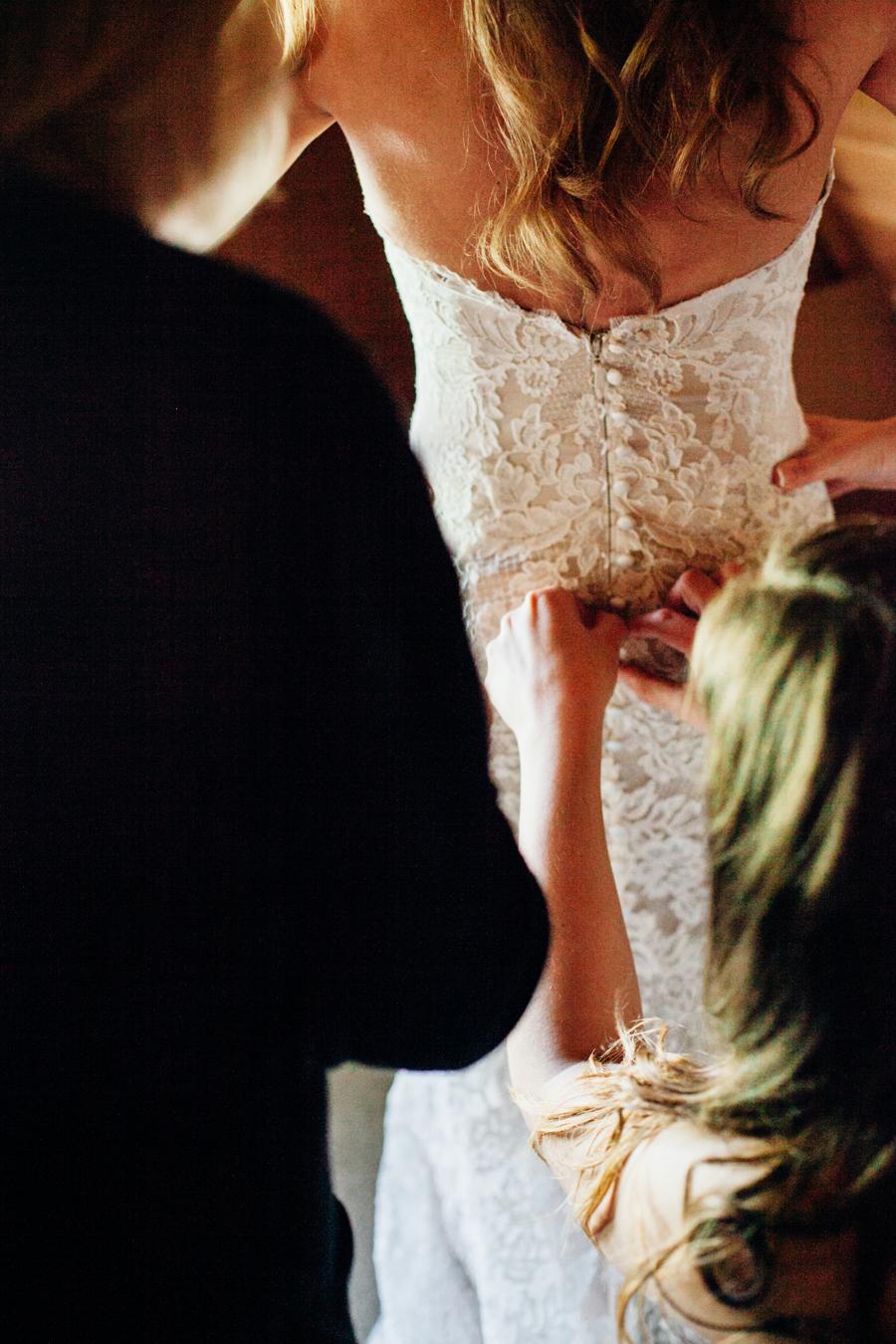 010-seattle-bothell-wedding-photographer-russells-restaurant-wilkins-photo.jpg