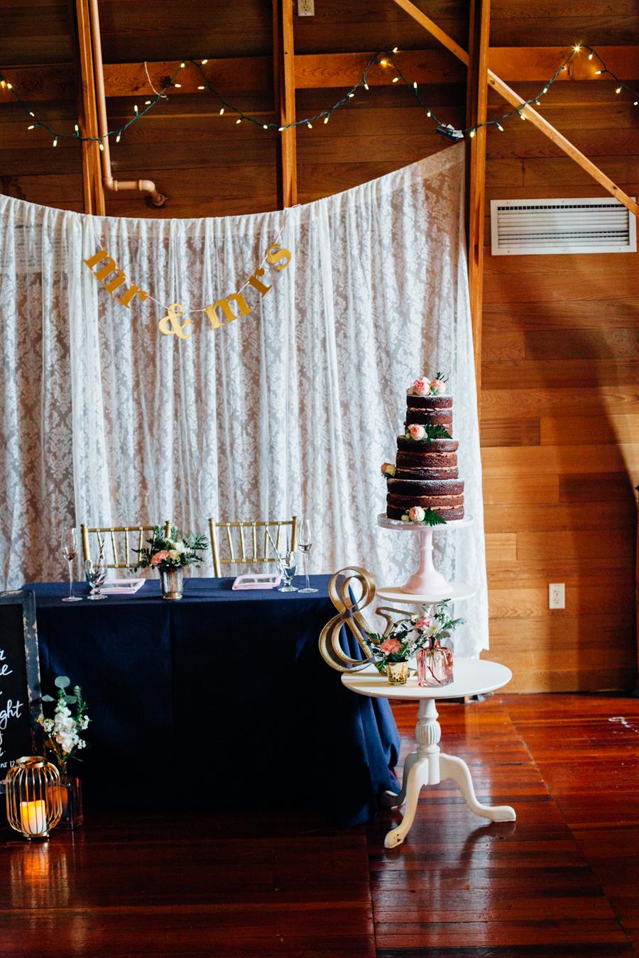 014-seattle-bothell-wedding-photographer-russells-restaurant-wilkins-photo.jpg