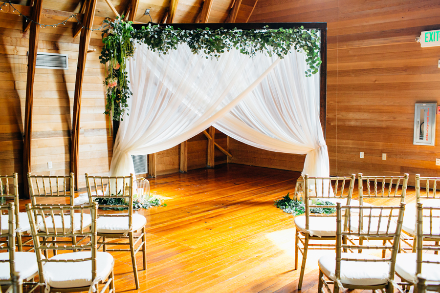021-seattle-bothell-wedding-photographer-russells-restaurant-wilkins-photo.jpg