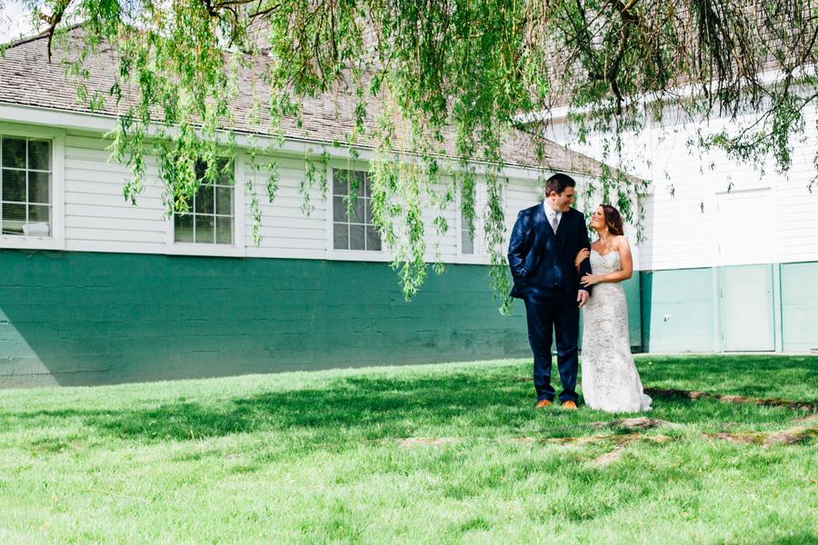 046-seattle-bothell-wedding-photographer-russells-restaurant-wilkins-photo.jpg