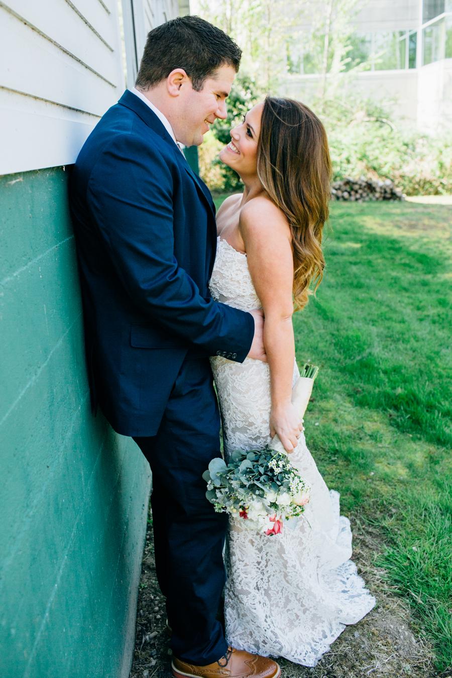 052-seattle-bothell-wedding-photographer-russells-restaurant-wilkins-photo.jpg
