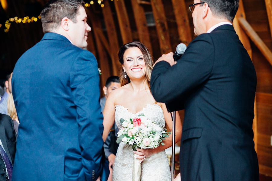 066-seattle-bothell-wedding-photographer-russells-restaurant-wilkins-photo.jpg