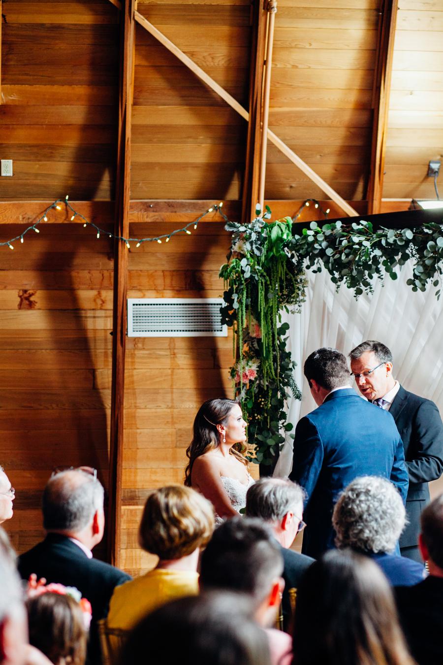 069-seattle-bothell-wedding-photographer-russells-restaurant-wilkins-photo.jpg