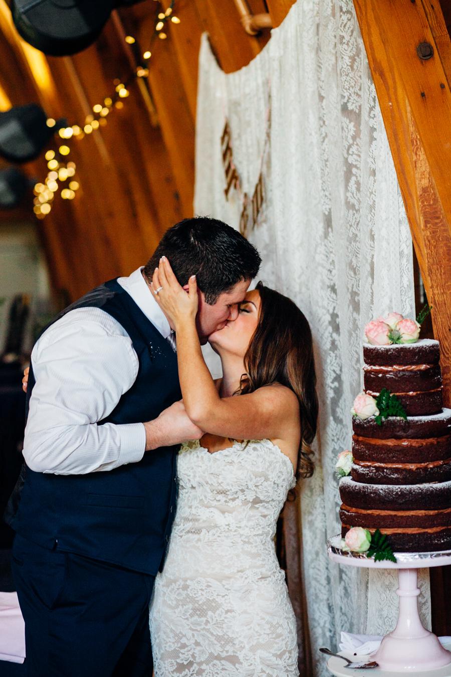 088-seattle-bothell-wedding-photographer-russells-restaurant-wilkins-photo.jpg