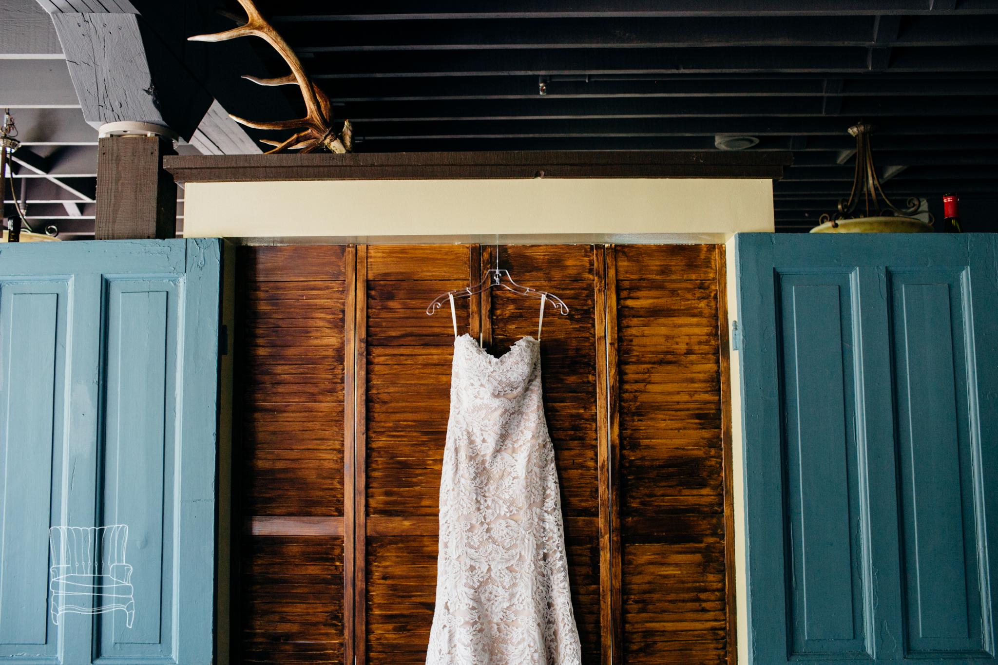 seattle-wedding-photographer-katheryn-moran-russells-bothell-wilkins-wedding-photo-1.jpg