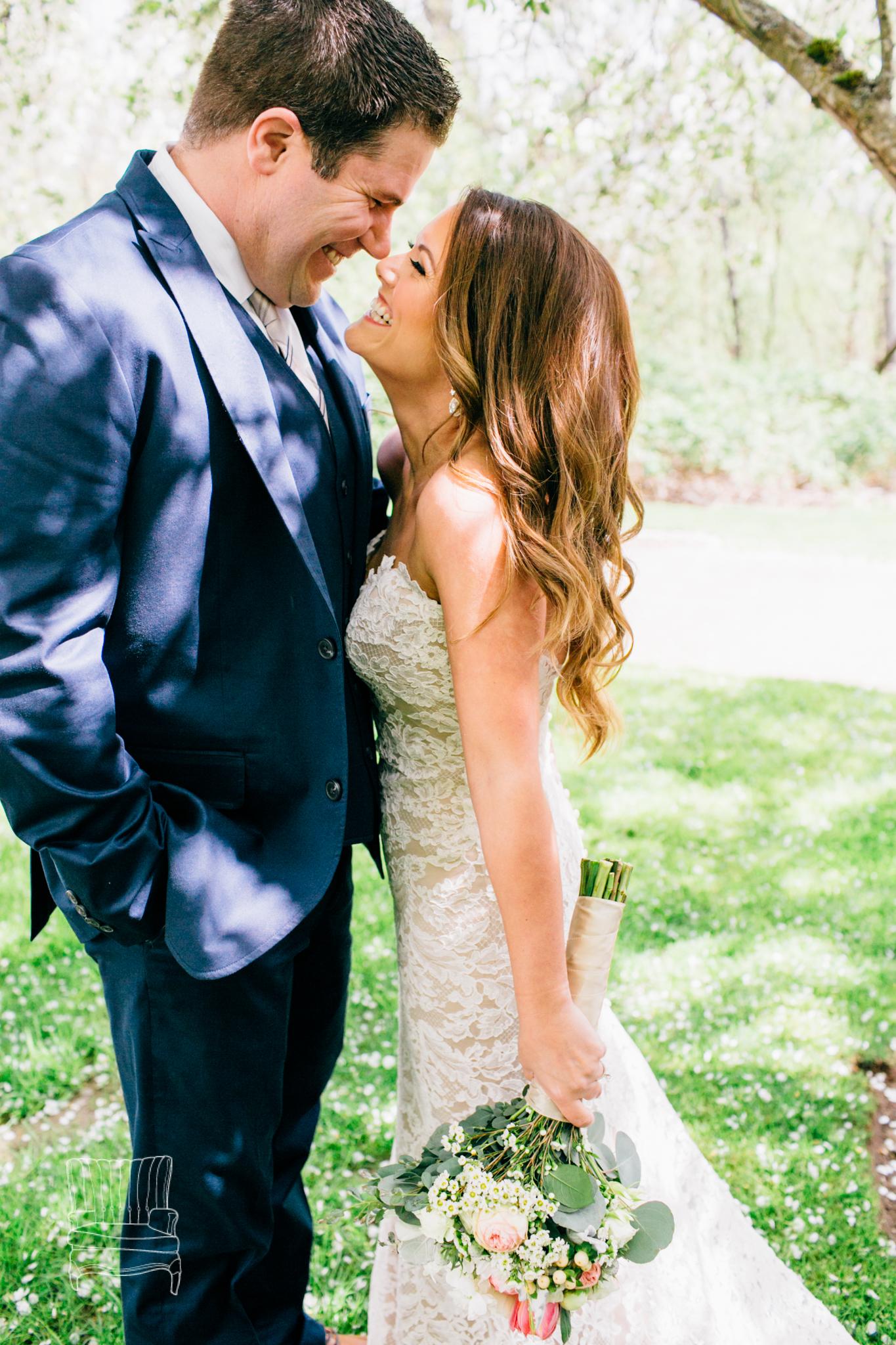 seattle-wedding-photographer-katheryn-moran-russells-bothell-wilkins-wedding-photo-17.jpg