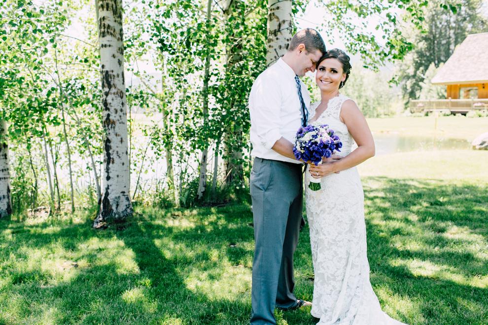 026-leavenworth-mountain-springs-lodge-wedding-karena-saul-katheryn-moran-photography.jpg