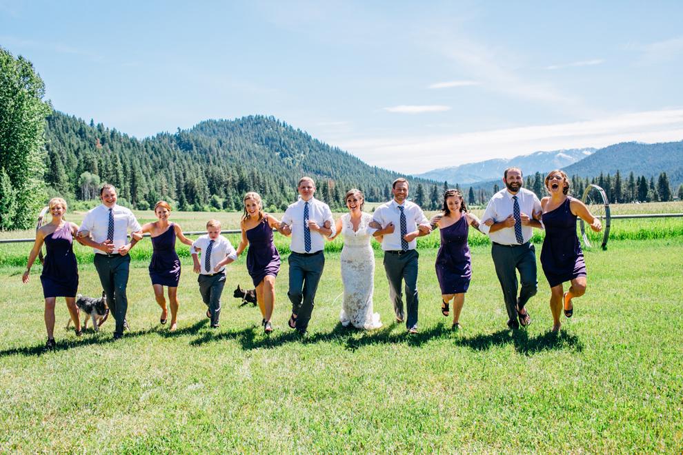 049-leavenworth-mountain-springs-lodge-wedding-karena-saul-katheryn-moran-photography.jpg