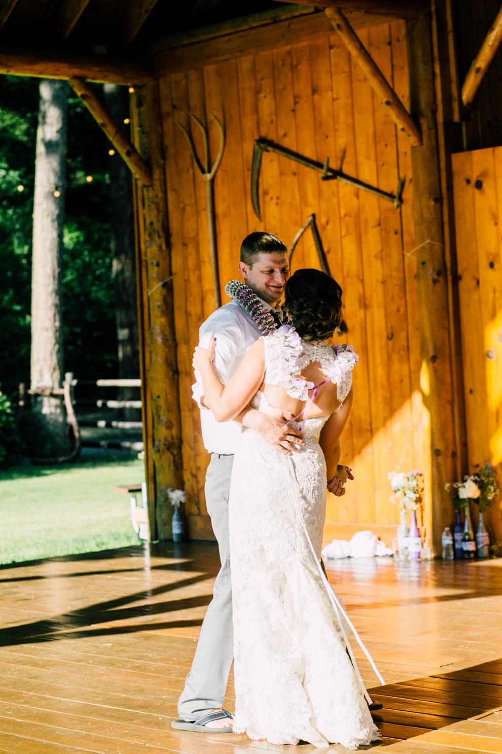 095-leavenworth-mountain-springs-lodge-wedding-karena-saul-katheryn-moran-photography.jpg