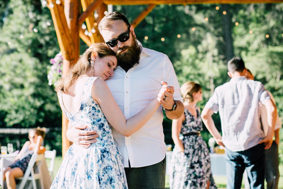100-leavenworth-mountain-springs-lodge-wedding-karena-saul-katheryn-moran-photography.jpg