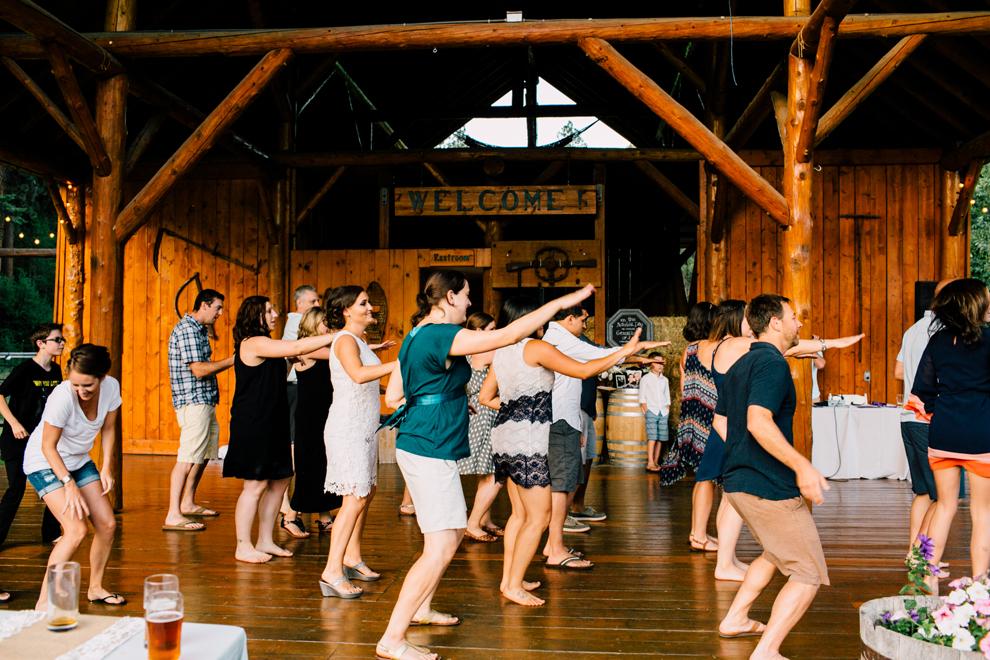 116-leavenworth-mountain-springs-lodge-wedding-karena-saul-katheryn-moran-photography.jpg