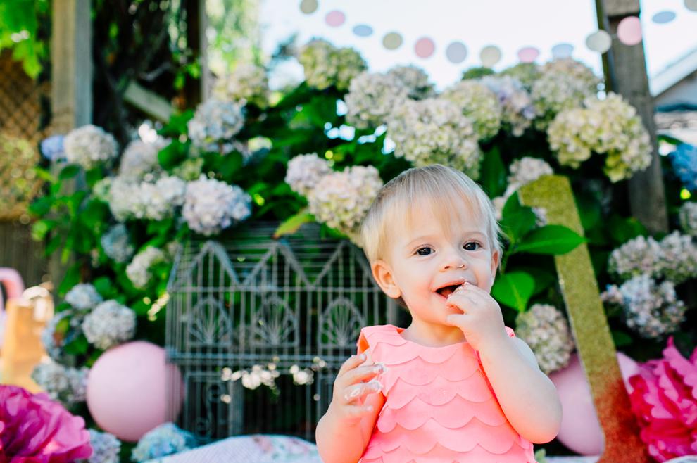 014-bellingham-one-year-birthday-cake-smash-katheryn-moran-romy.jpg