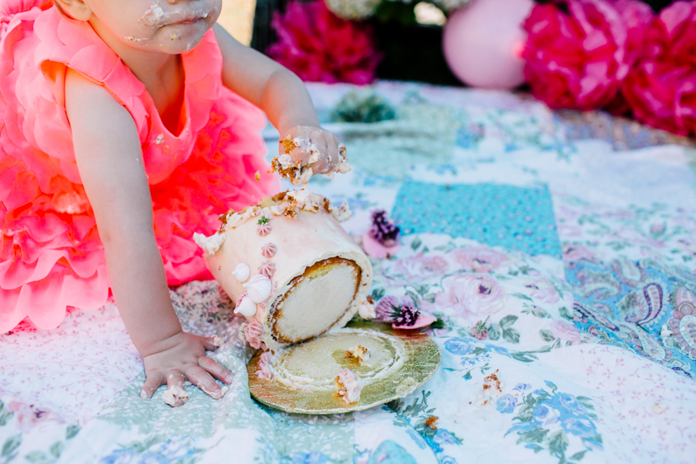 016-bellingham-one-year-birthday-cake-smash-katheryn-moran-romy.jpg