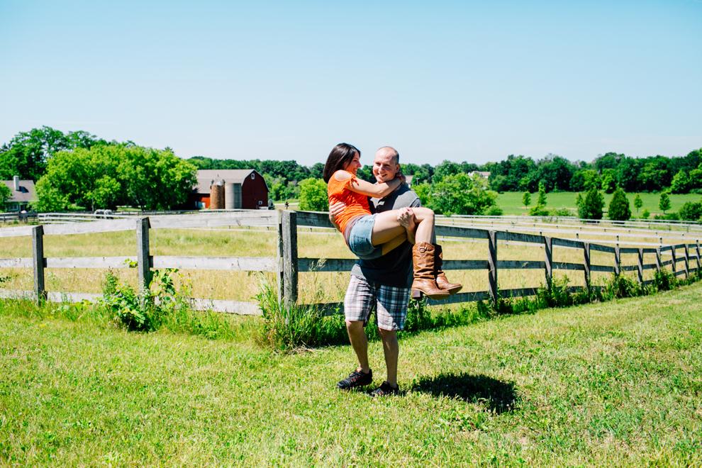 029-wisconsin-farm-engagement-katheryn-moran-photography.jpg