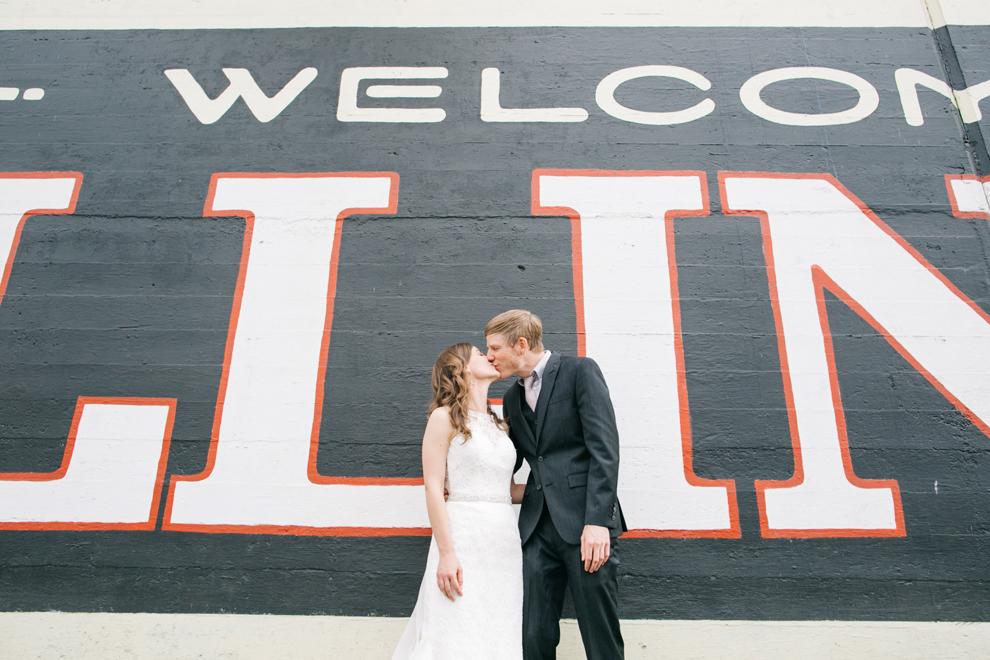 038-bellingham-washington-wedding-first-look-downtown-katheryn-moran-photography.jpg