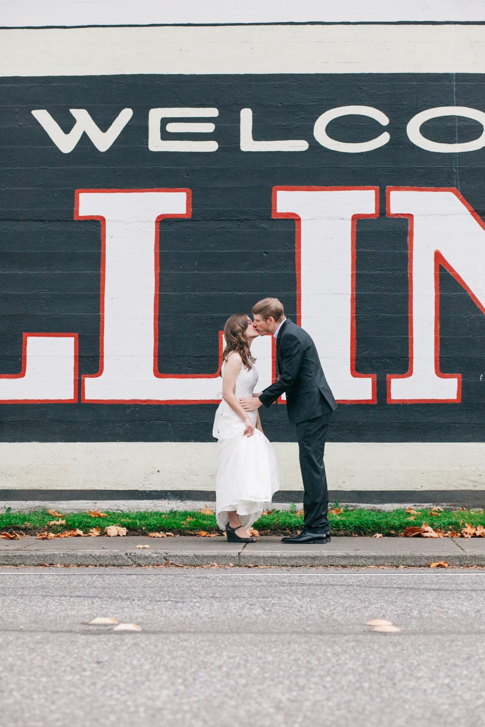 036-bellingham-washington-wedding-first-look-downtown-katheryn-moran-photography.jpg