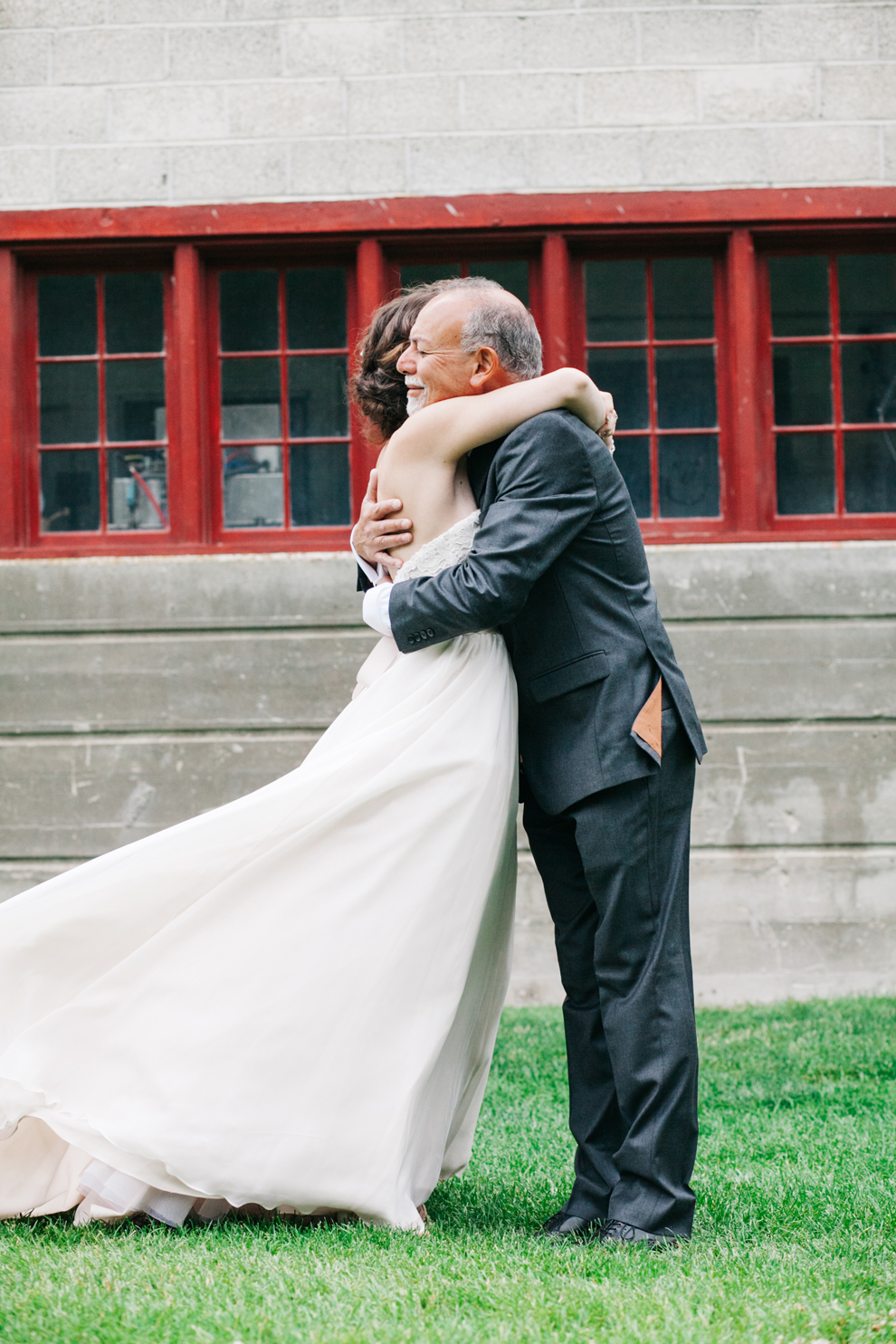 042-pine-river-ranch-leavenworth-washington-wedding-father-daughter-first-look-katheryn-moran-photography.jpg