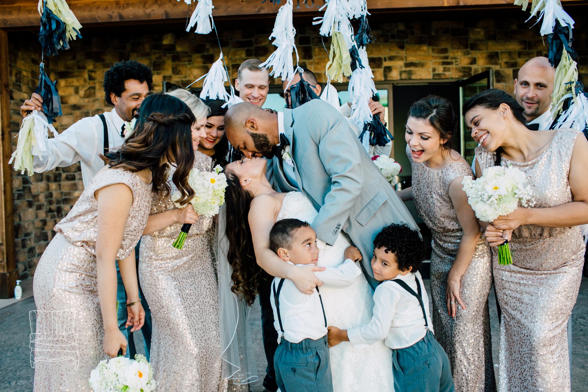 mollee-baker-creek-place-wedding-2.jpg