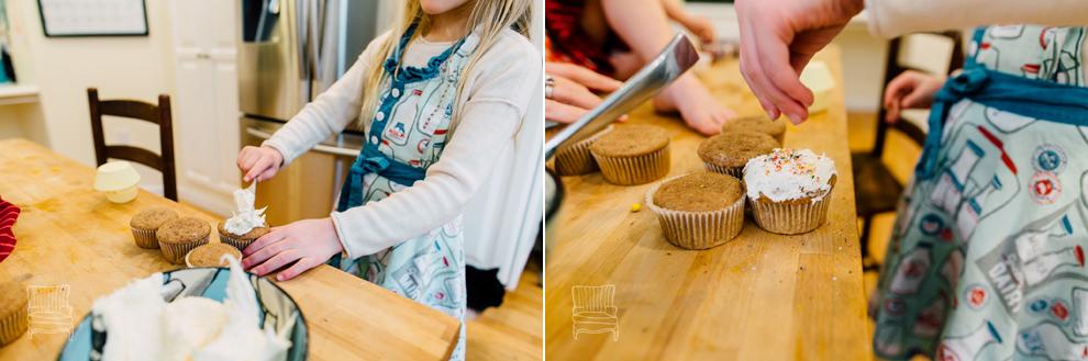020-bellingham-family-lifestyle-photographer-katheryn-moran-kitchen-baking-pippin.jpg