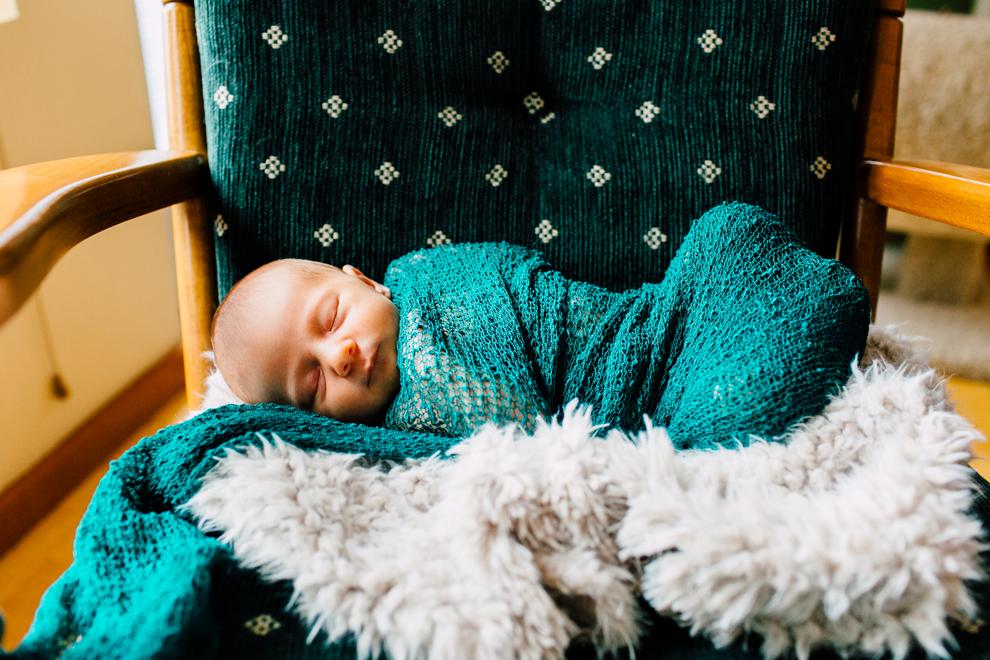 012-bellingham-newborn-lifestyle-photographer-katheryn-moran-hadley.jpg