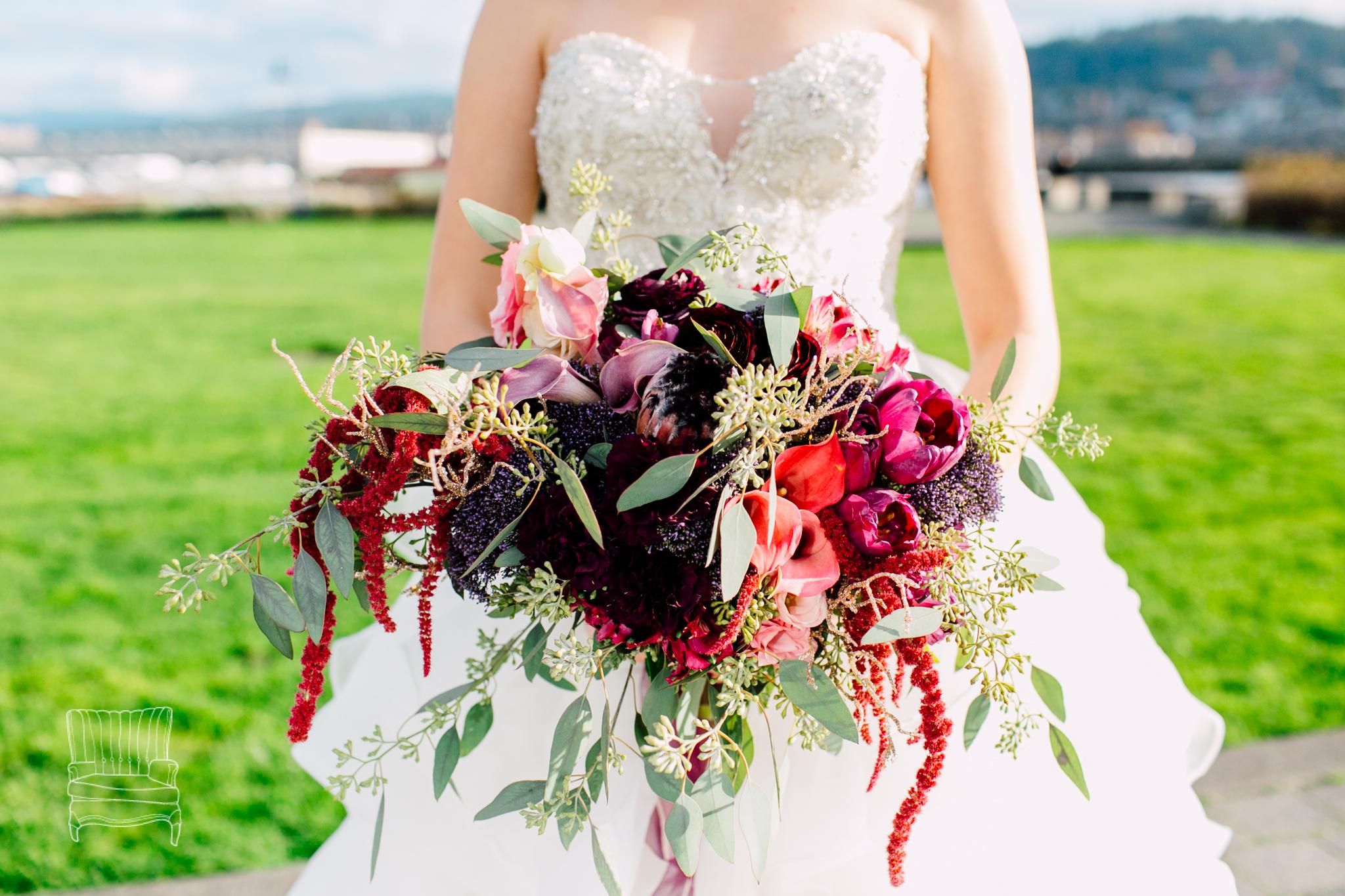 bellwether-hotel-bellingham-wedding-photographer-katheryn-moran-glitz-glam-styled-393.jpg