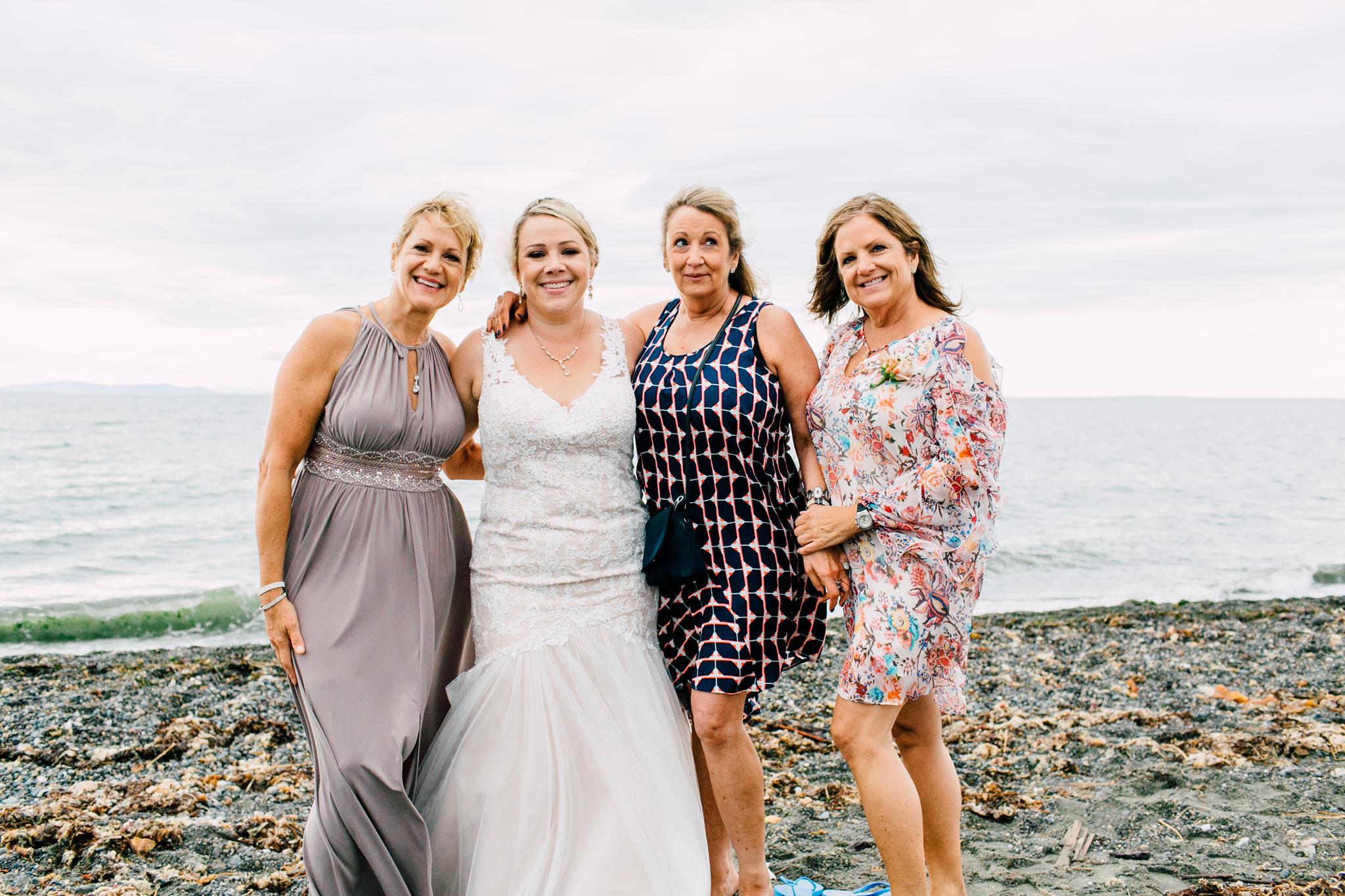 055-bellingham-wedding-photographer-beach-katheryn-moran-elisa-phillip.jpg